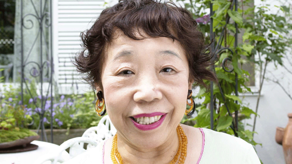 田辺聖子 幸せのヒント【2】「笑いは心の開きあい」