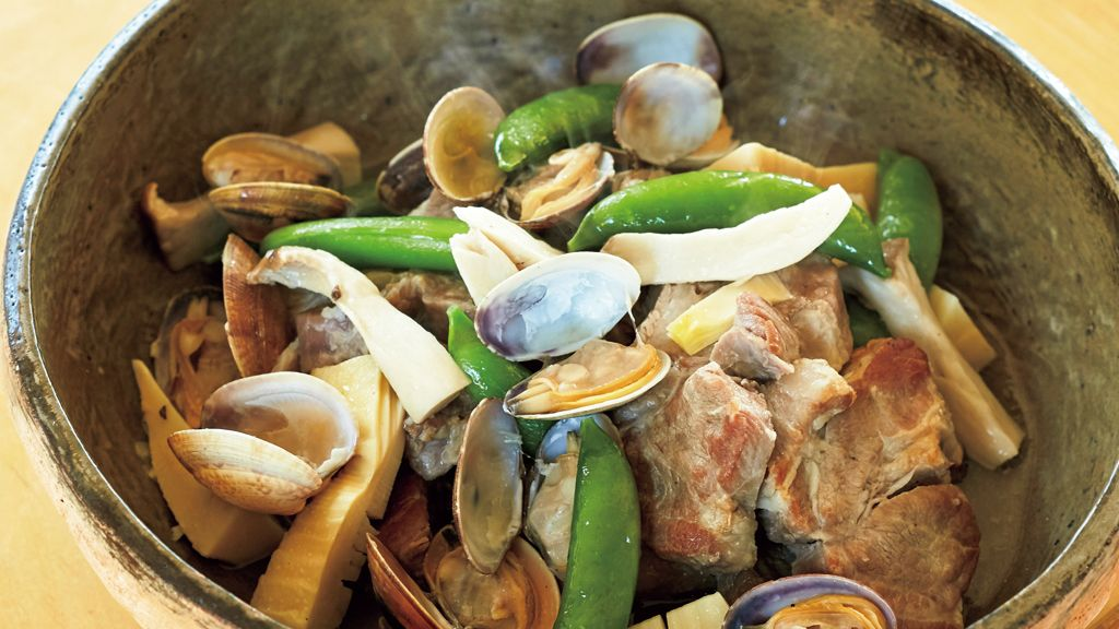 【レシピ】相性ばっちり!「塩豚とあさりのスープ煮」に舌鼓を打つ