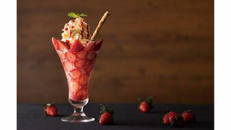 フレッシュな苺を楽しめるホテルの特別フェアに注目
