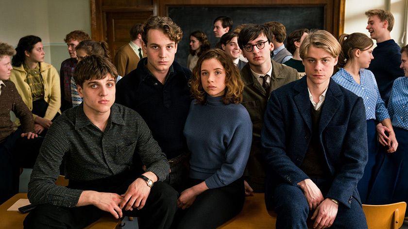 「僕たちは希望という名の列車に乗った」冷戦下のドイツの高校生の瑞々しさ