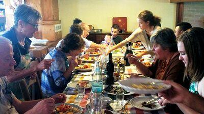 ヤマザキマリ「愛して歌って食べて? イタリア家族の仮面が剝がれ落ち」