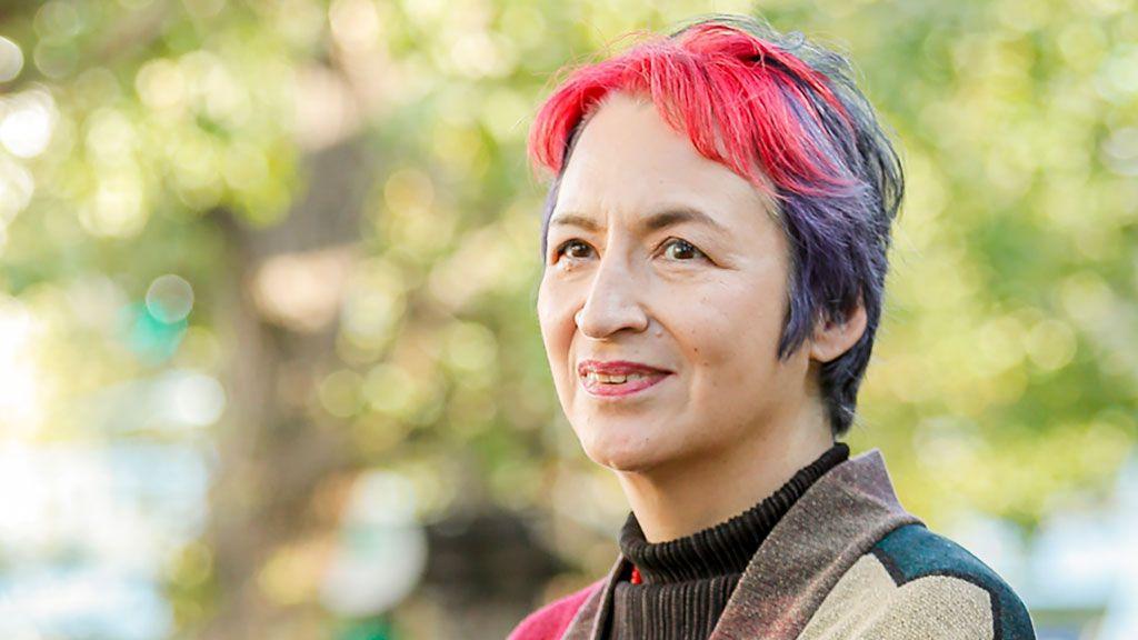 荻野アンナのキリギリス式老後「亡き母・江見絹子の作品を残そうと一大決心。老後資金をつぎこんで」
