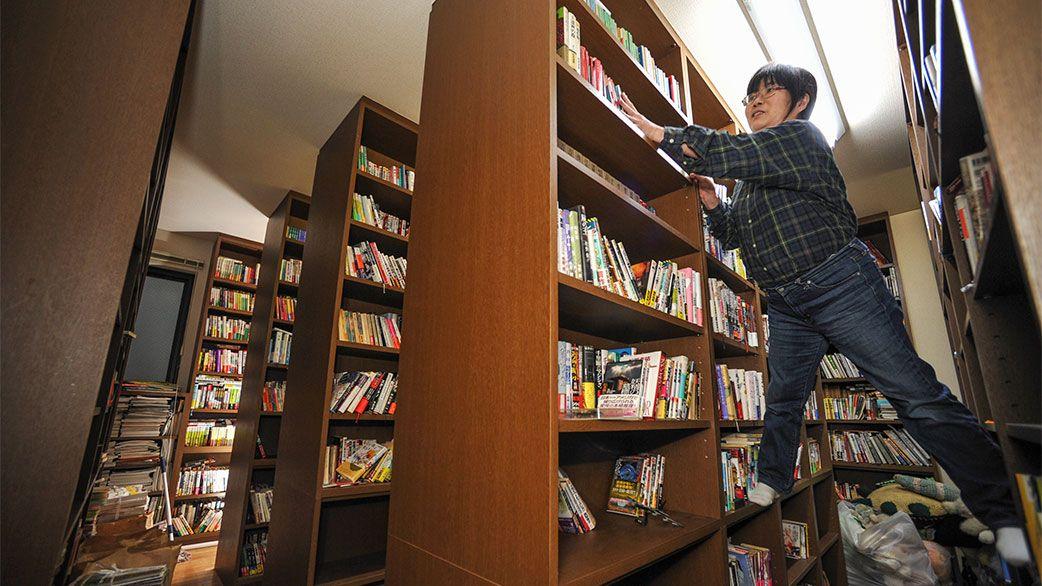 3万冊の蔵書と、4000匹のぬいぐるみ…新井素子の「捨てない」暮らし