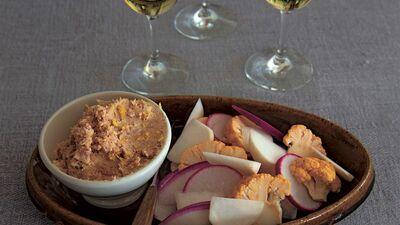 【レシピ】アンチョビトーストとお酒を食前に。今宵は「アペロ」を楽しんで